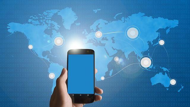 smartphone-586944_640